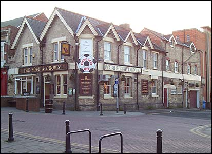 The Rose and Crown in 2008.