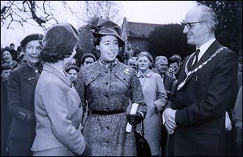 Mr Griffiths of the Co-op greets Lady Hesketh & the Duchess of Gloucester