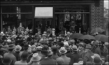 Another picture at the opening in 1924 of the Hove Road shop