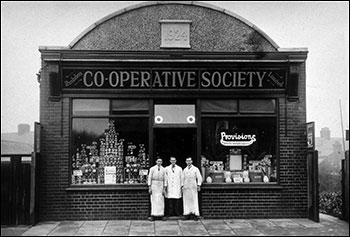 Hove Road grocery and staff