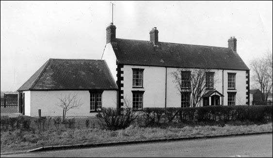 Bencroft farmhouse in about 1950