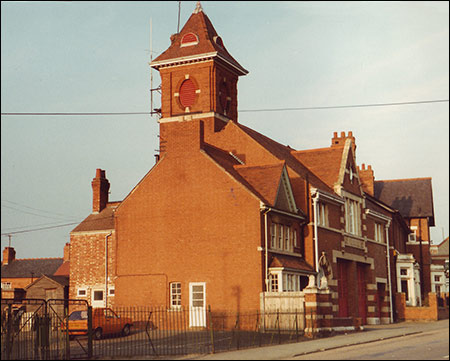 A picture of Rushden Fire Station built in 1902