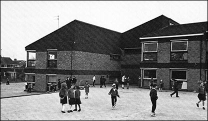 Whitefriars Junior School and playground