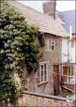 "This photo of 12 Upton Place/94 High Street south was taken when the house came on the market in the early 1980s.  It was described as ""needing complete renovation"" and was on sale for £1,500 ! (!t was stipulated that it had to be a cash transaction!)"