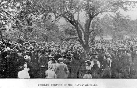 1897 in Mr Cave's orchard