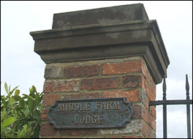 Gate Sign for Middle Farm Lodge