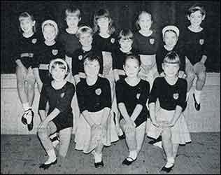 junior dancers RATS Old King Cole 1967