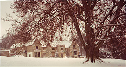 the hall in the snow 1981