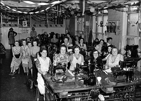 The Coronation 1953 - Sargent's factory in Glassbrook Road