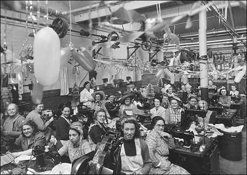 Xmas 1945 in the closing room