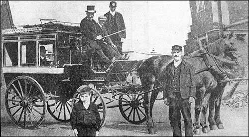 horse drawn 'bus' of 1903